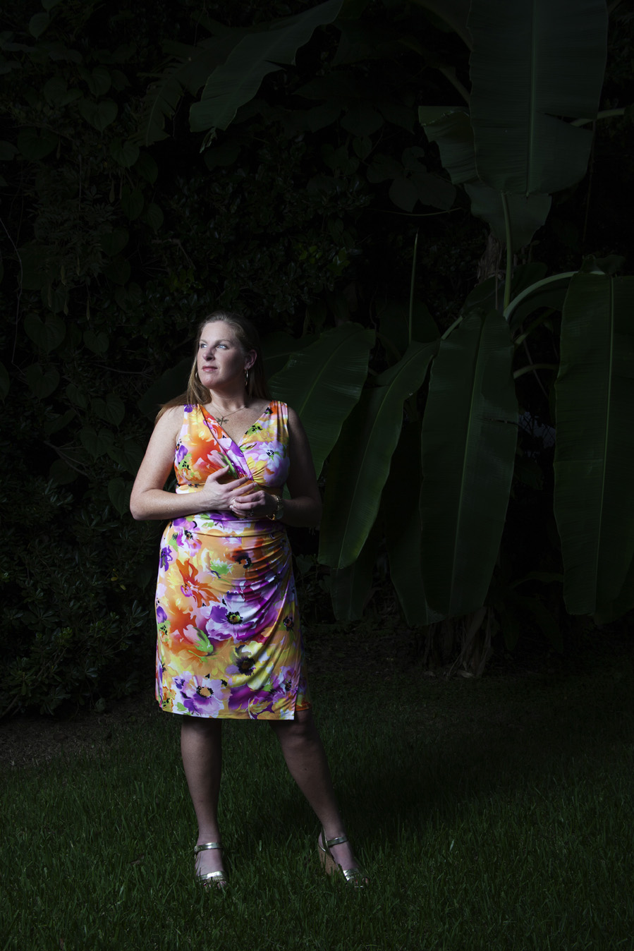 Lesli in front of banana trees | Midtown Mobile, AL | Todd Douglas Photography