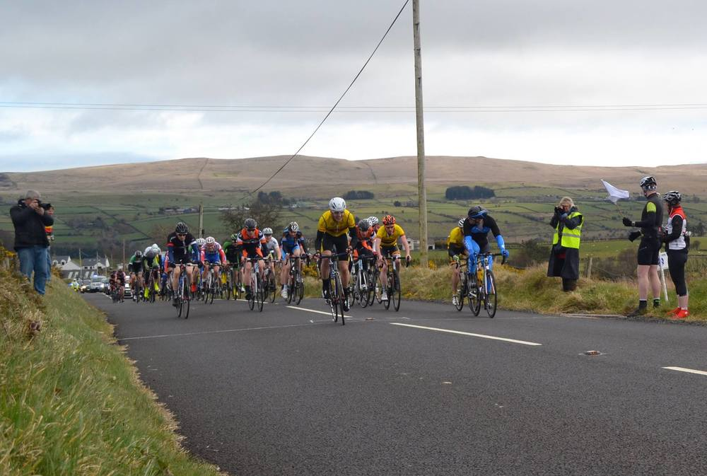 Banbridge covering the front of the race.jpg