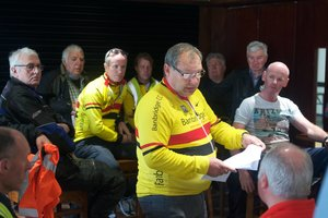 Alan briefs his team of marshals , outriders and drivers ahead of the 2018 Noel Memorial, a race held in memory a his late club & racing team mate