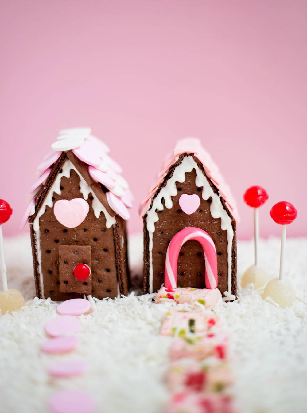 valentine-cookie-cottage-candy-aisle-crafts