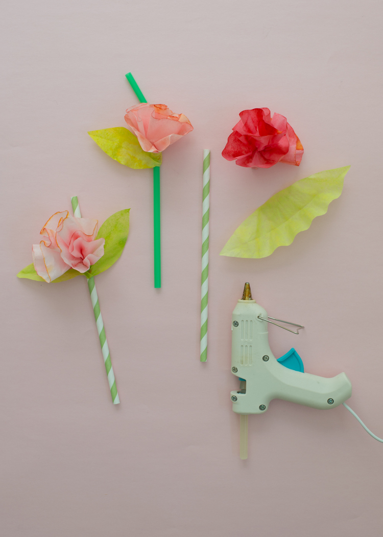 Weekend project easy coffee filter flower straws super make it paper goods projects flower straw how to mightylinksfo Images