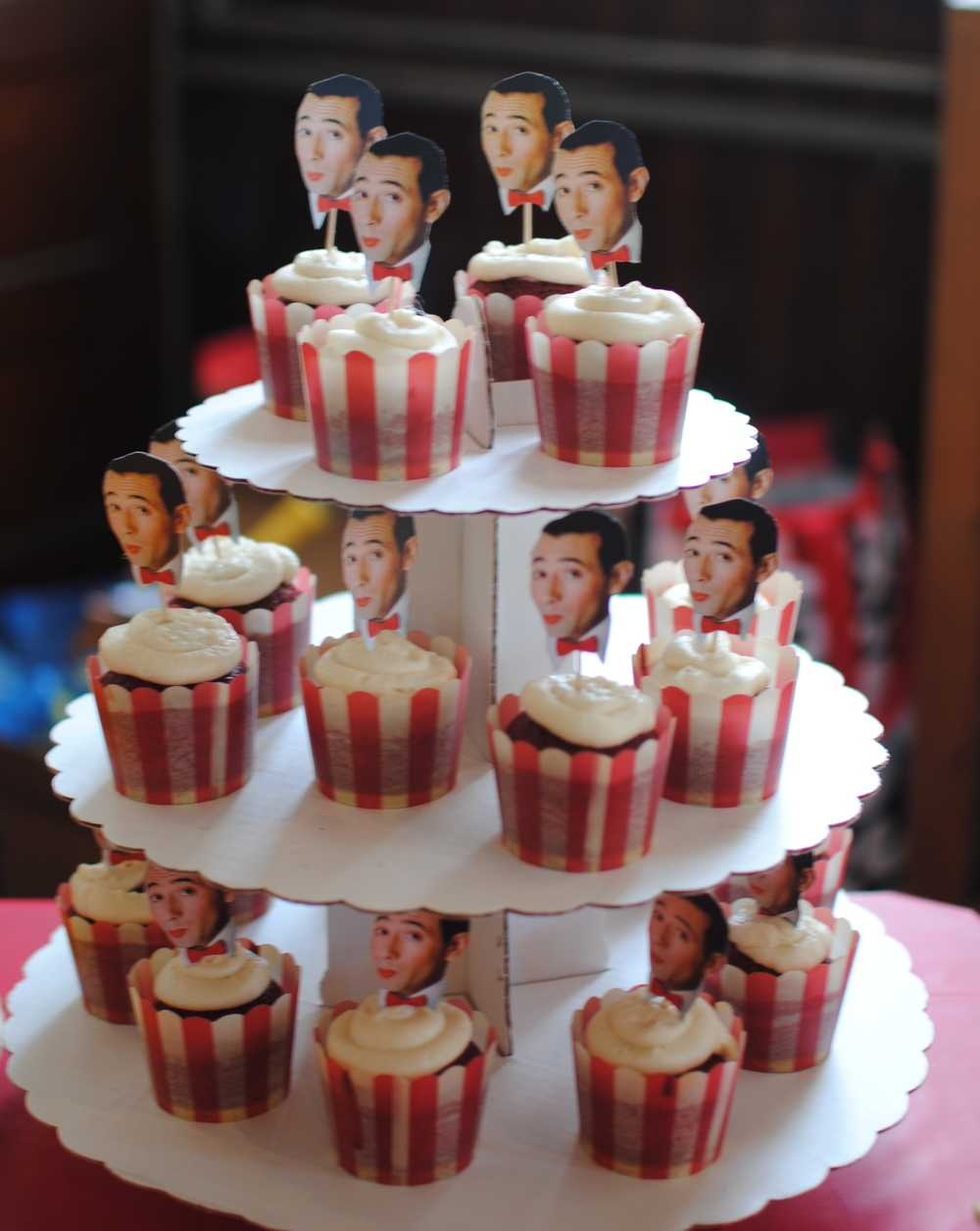 Pee-Wee-Cupcakes-Super-Make-It