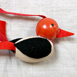Red-Bird-Necklace-Super-Make-It
