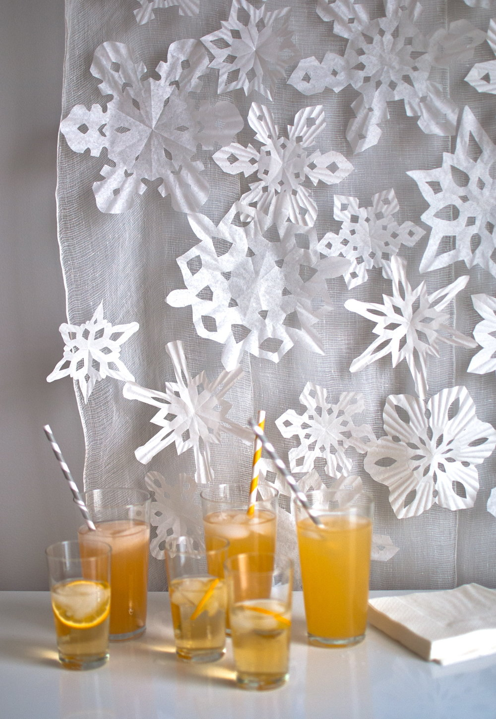 Coffee-Filter-Paper-Snowflakes
