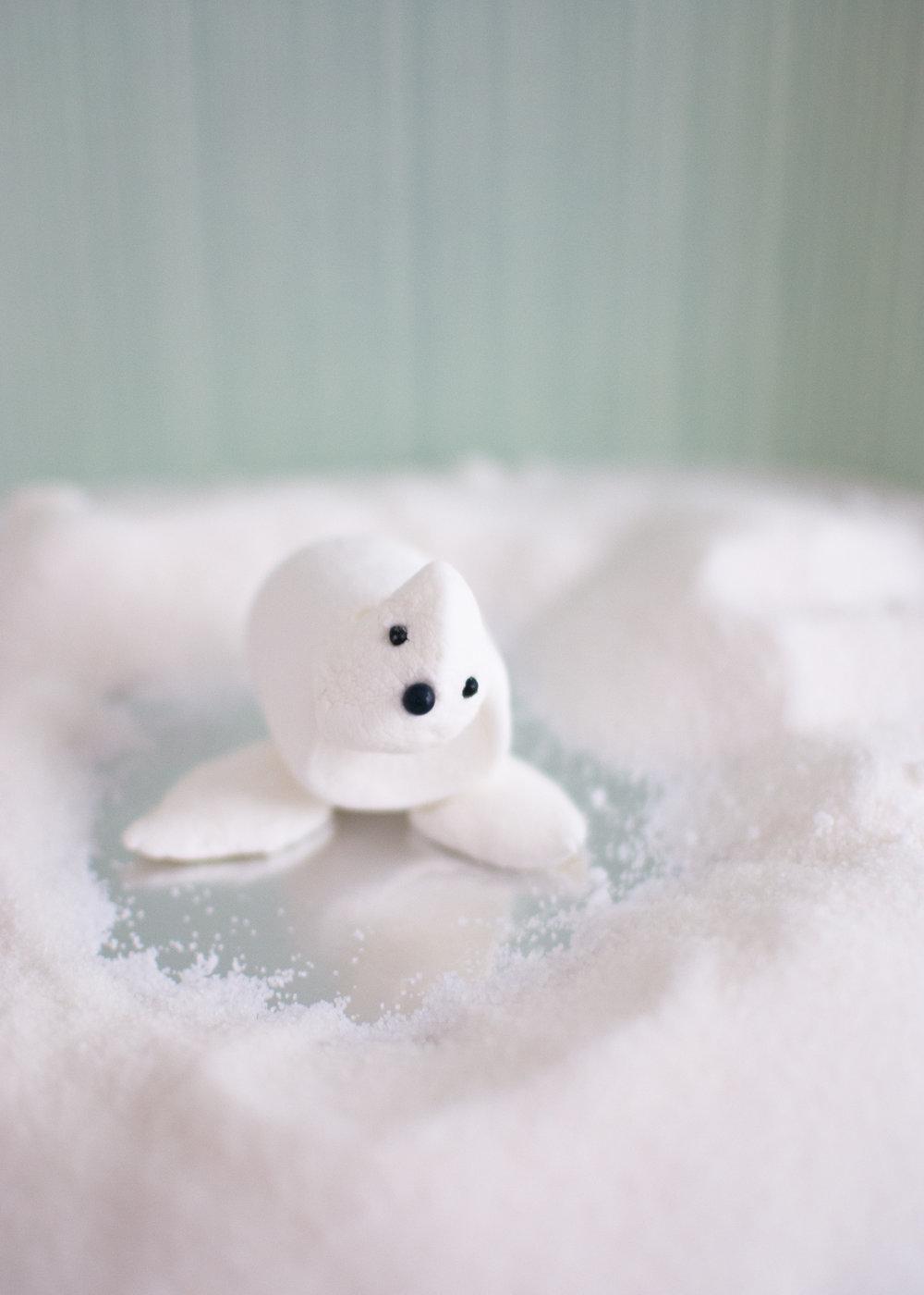 Marshmallow-Seal-Super-Make-It