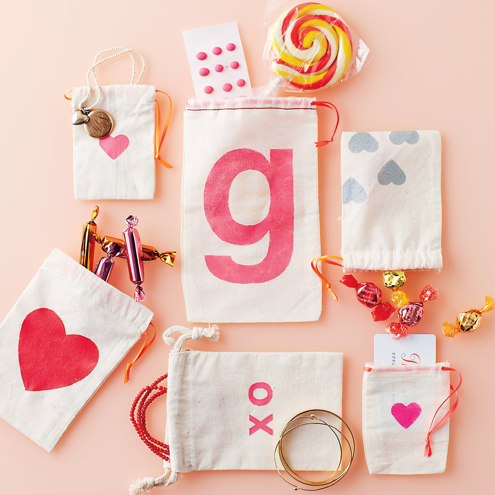 Valentines-Muslin-Bags-Super-Make-It