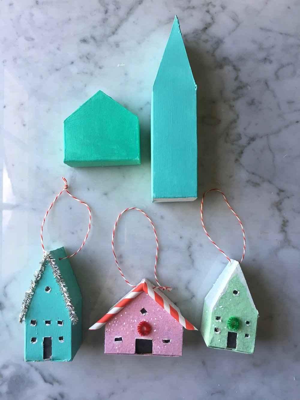 SuperMakeIt-House-Ornament-How-To