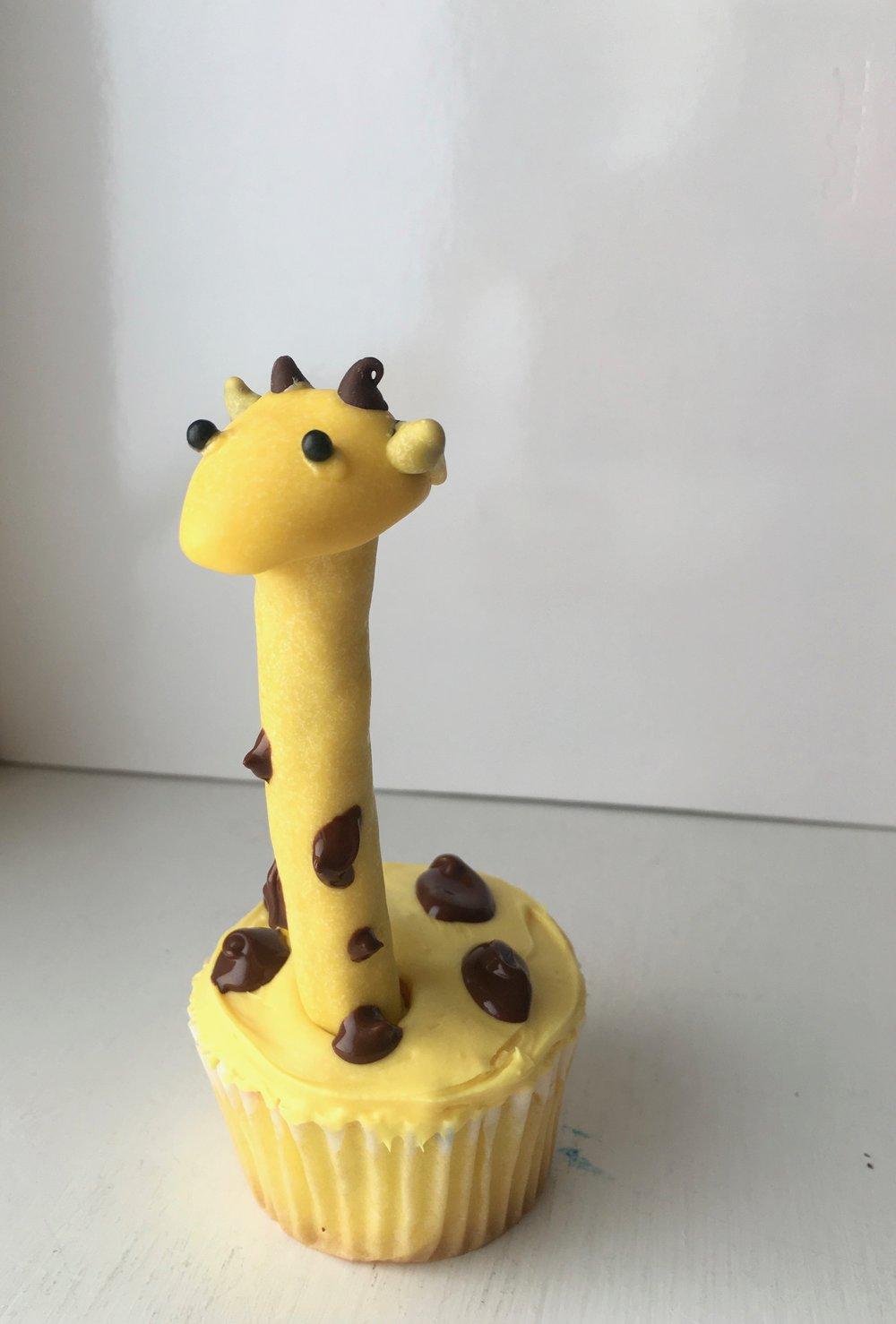 Giraffe Cupcake