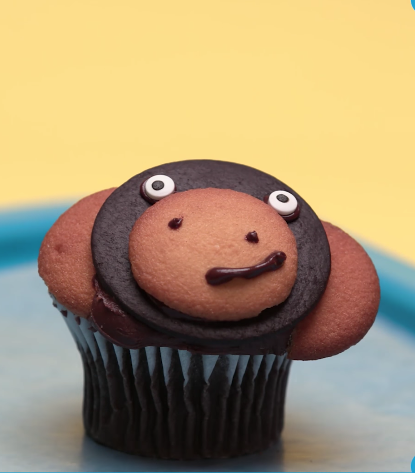 monkey safari cupcake