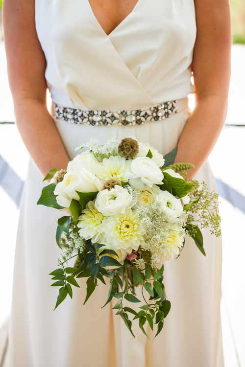white bouquet- greenhouse loft photography.jpg