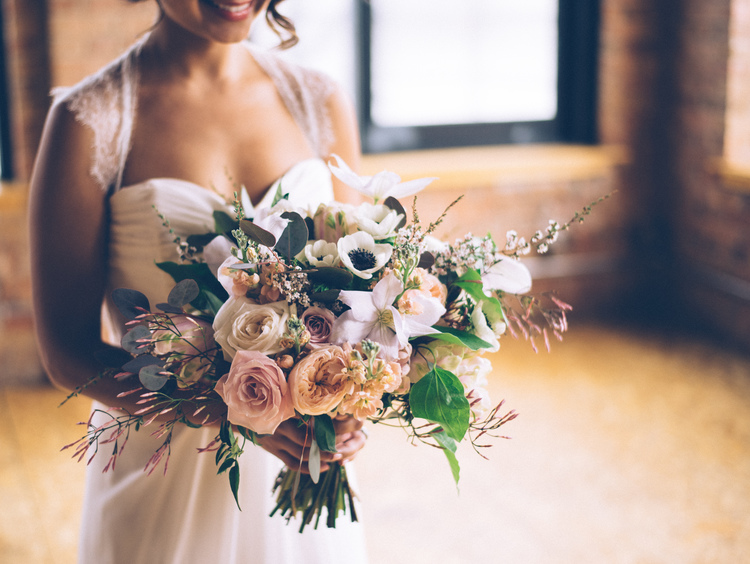 Fab flora chicago wedding florist photo by ed amp aileen photography junglespirit Images
