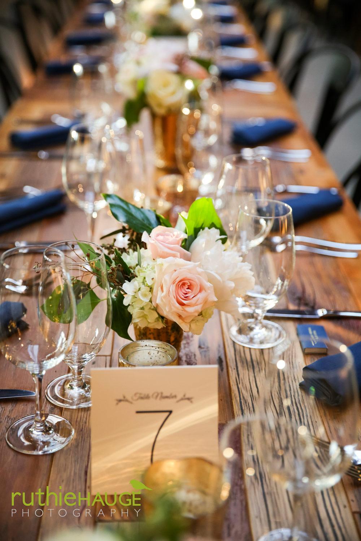 ruthie-hauge-photography-fab-flora-ovation-chicago-wedding-florist-flowers-18.jpg