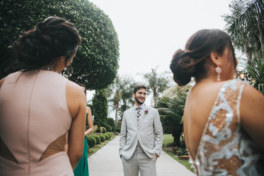 casamento-bauru-fotografia-casal-aline-e-breno-chacara-santa-felicidade-de-dia-no-campo-ao-ar-livre-20.jpg