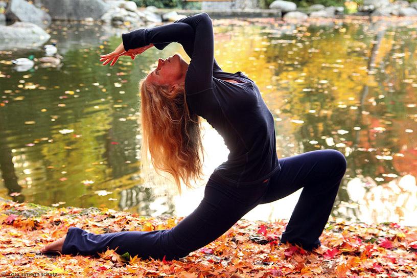 35mm_digital_yoga3.jpg