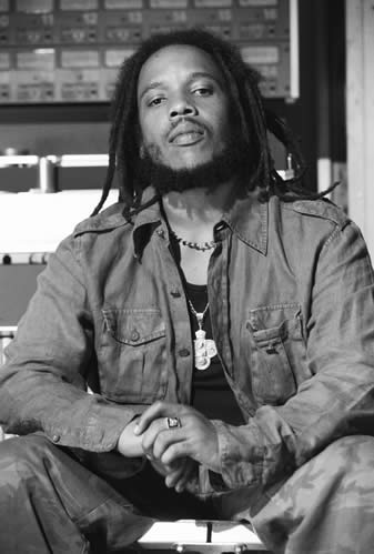 Stephen_Marley_Black_Thought.jpg