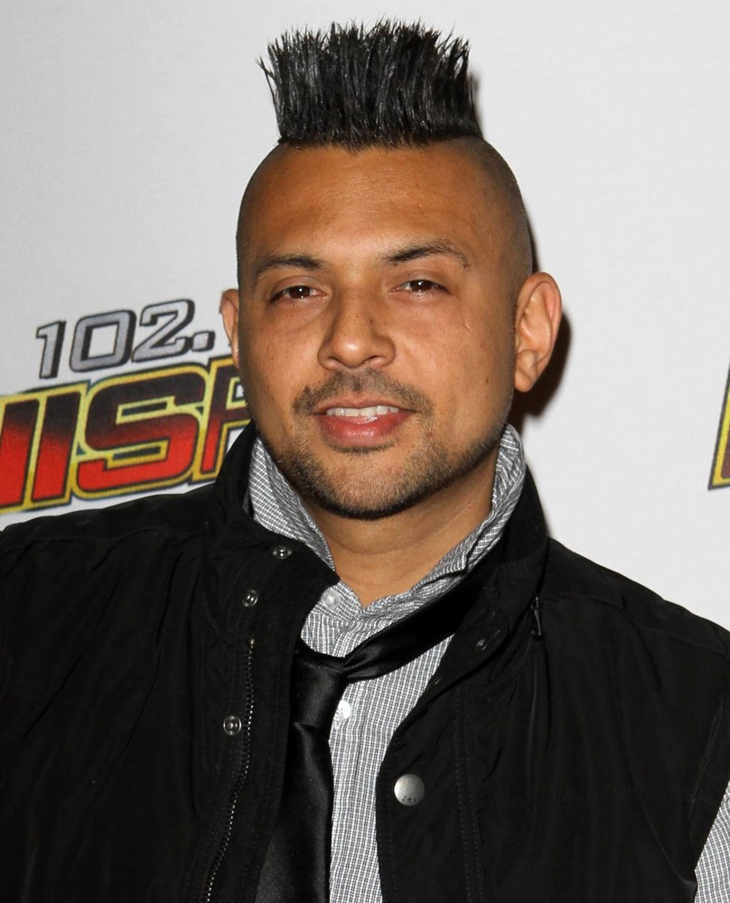 sean-paul-102-7-kiis-fm-s-jingle-ball-2011-01.jpg