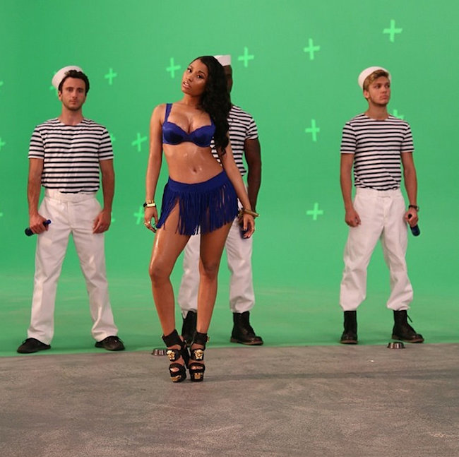 Nicki-Minaj-Myx-Commercial-7.jpg