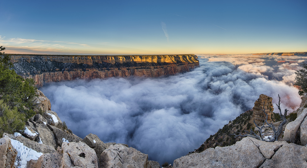 Sunrise at Yaki Point during the perfect inversion.