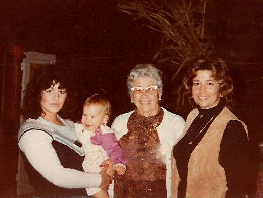 4 Generations-Laura,Katie,Lena,Frances
