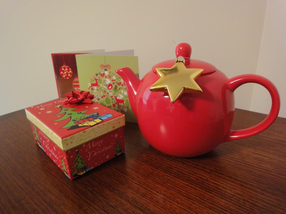 Christmas Gift Ideas for Travellers.jpg