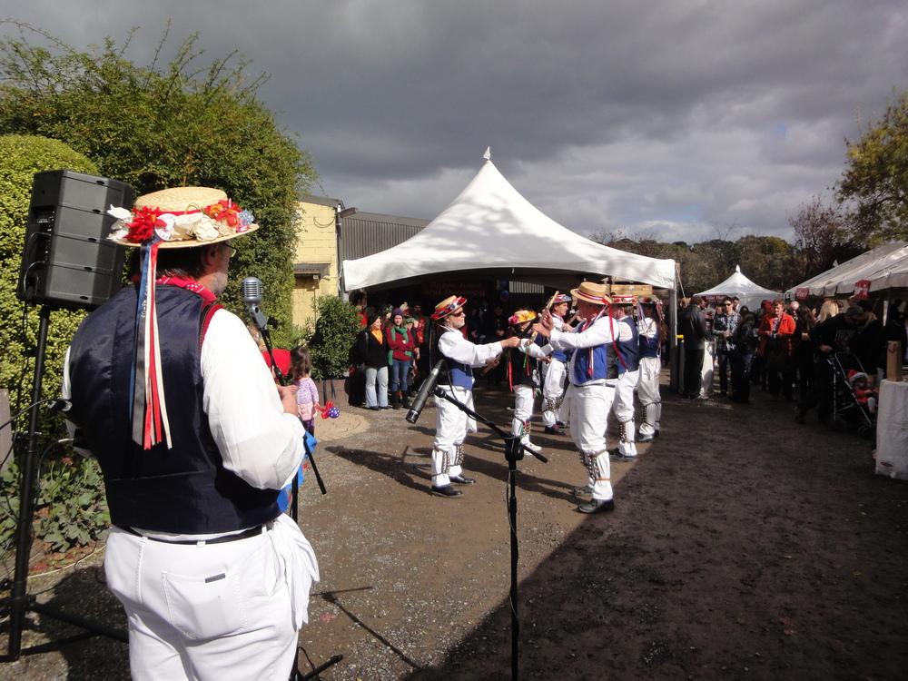 Kellybrook Cider Festival Morris dancers