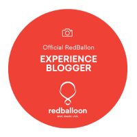 RedBalloon_blogger_badge_highres.png