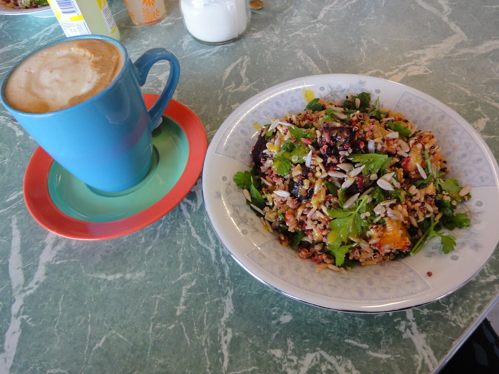 Heartfelt food vegan gluten free Kaniva Victoria Austrlia travel roadtrip road travel coffee salad