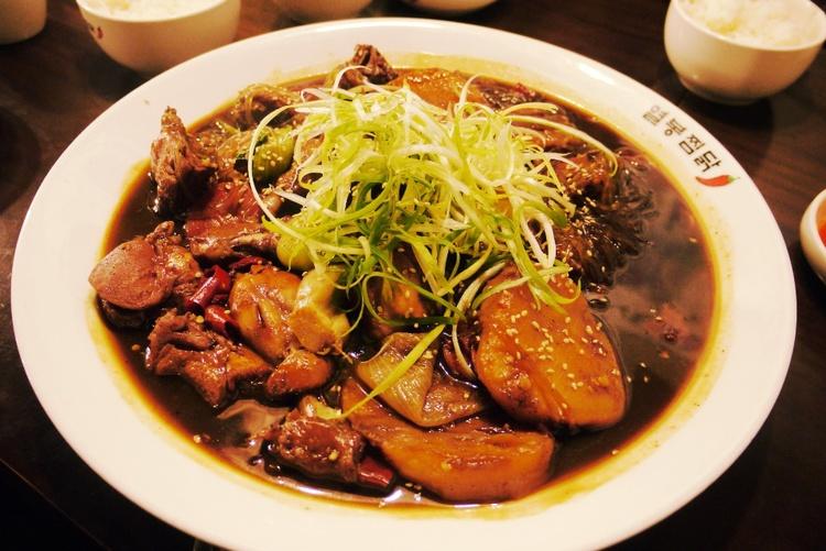 korean food braised chicken
