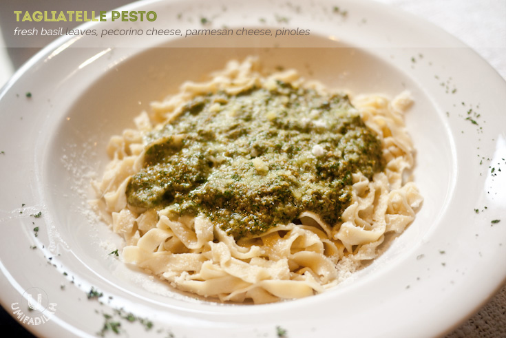 TAGLIATELLE PESTO (IDR 69k). Let me start with the fresh homemade tagliatelle. It's soft and cooked just about right. Now let's talk about the pesto. The strong flavor of basil toned down with the earthy flavor of pinoles, and it comes in  rich creamy texture thanks to both pecorino & parmesan. In my opinion it beats Signora's pesto, hands down. I wish they sold their pesto sauce in a jar, I'd be the first to buy.