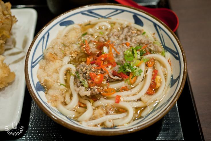 Niku Udon (IDR 45k) - Fresh udon with sukiyaki beef in kake dashi soup ...