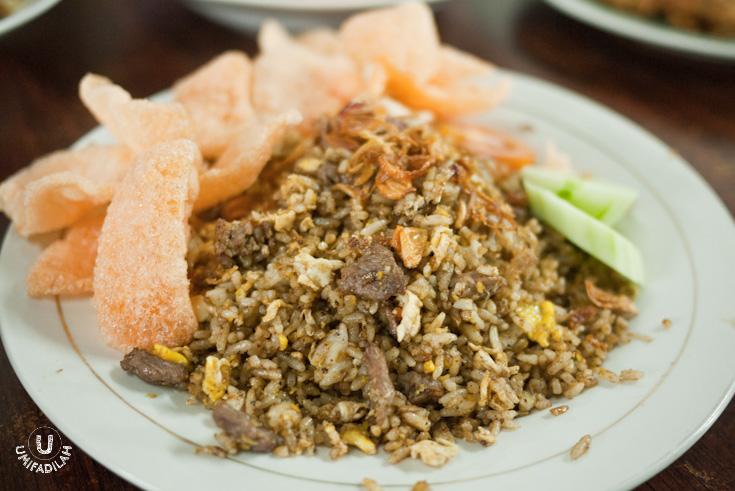 Nasi Goreng Kambing Bumbu Kebuli (Lamb Kebuli Fried Rice) - IDR 22.000