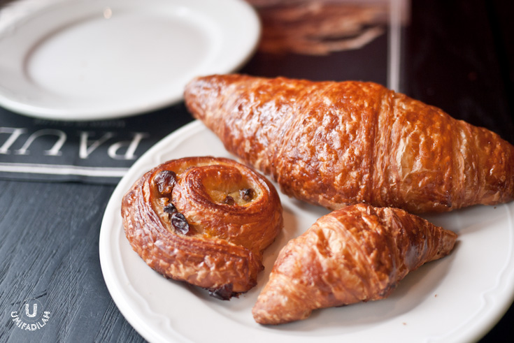 Plain croissant    (regular and mini version), and  mini Escargot aux raisins .