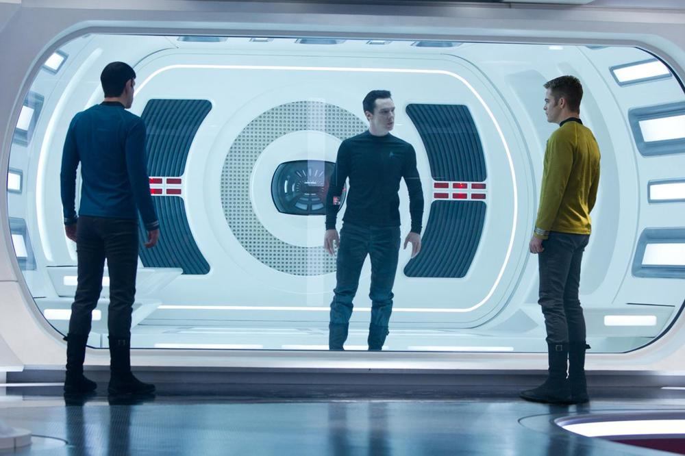 Star_Trek_Into_Darkness_HD_Cast.jpg