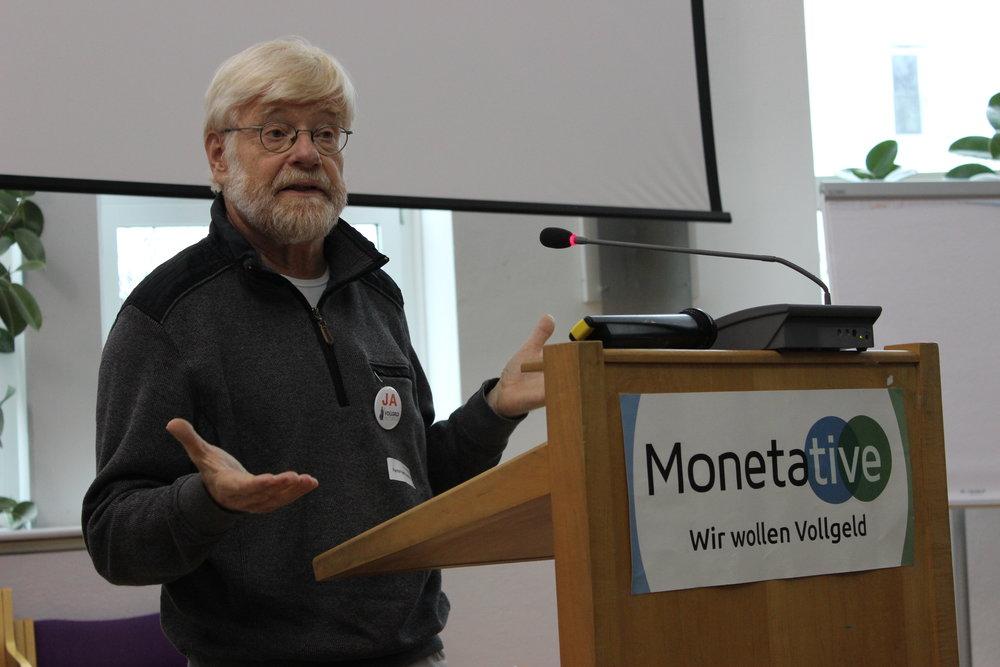 Hansruedi Weber von der Schweizer Vollgeld-Initiative