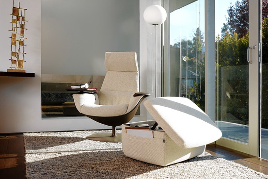 A Massaud work lounge chair can add personal style. Steelcase