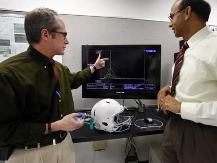 UF Dou helmet.jpg