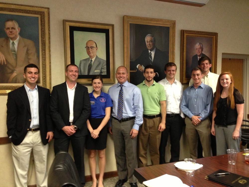 Nick Banks with students2_Alumni Cafe_2-13-13.JPG