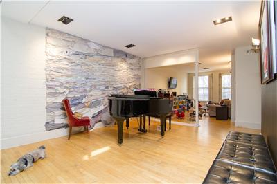 Piano:Playroom.jpg