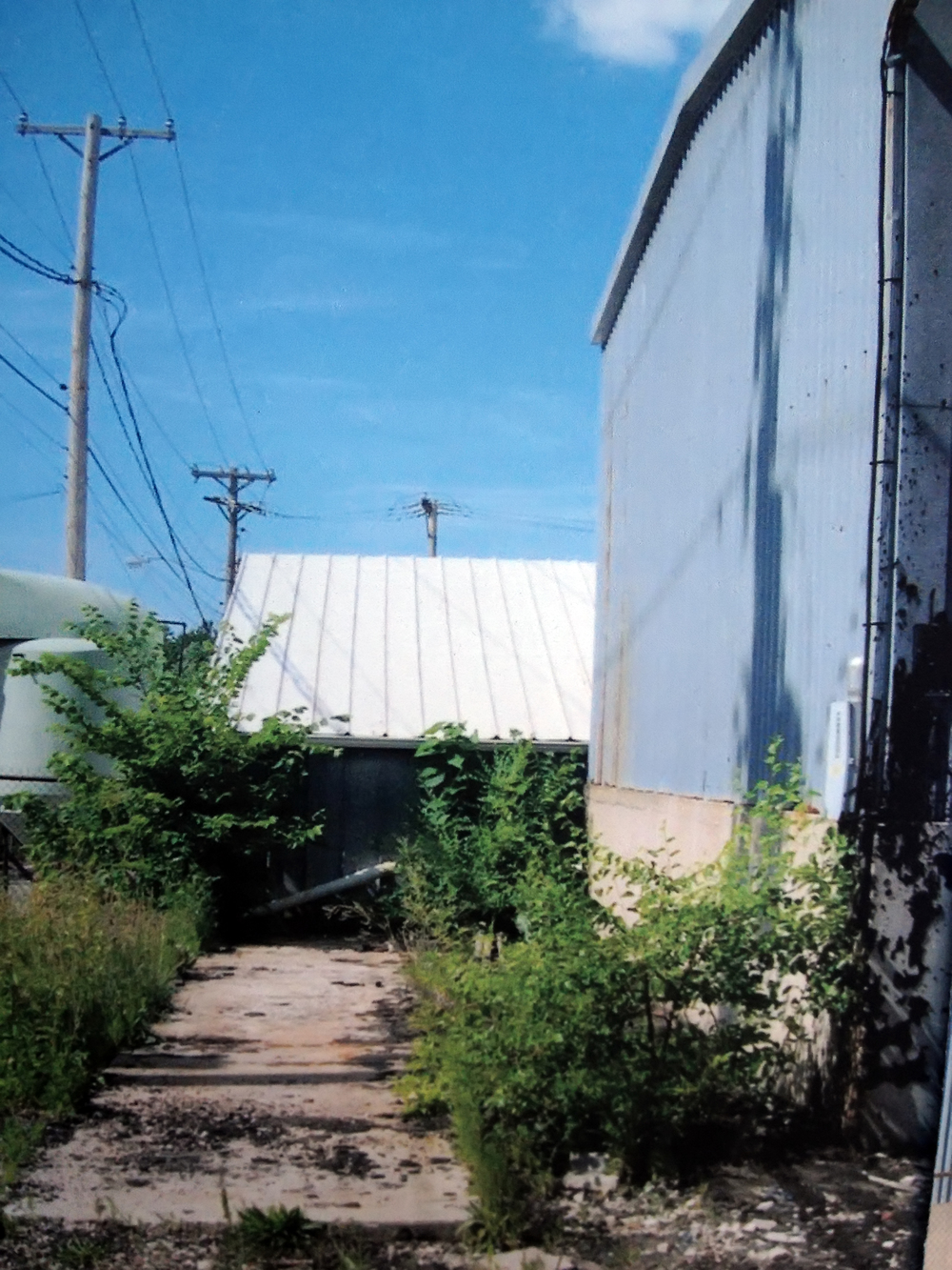 The warehouses in 2005 before they became Orr Street Studios.