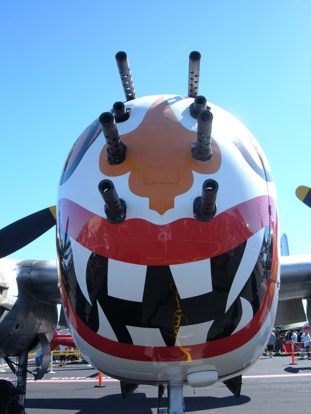 B-25J_Sunday_Punch_nose.jpg