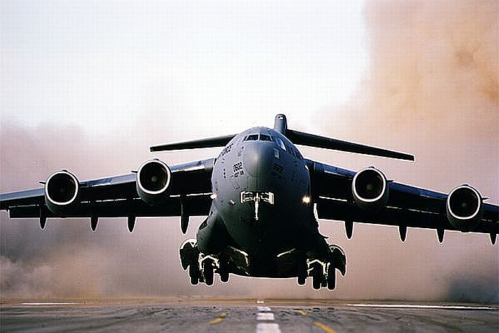 C-17_Globemaster_005_800.jpg