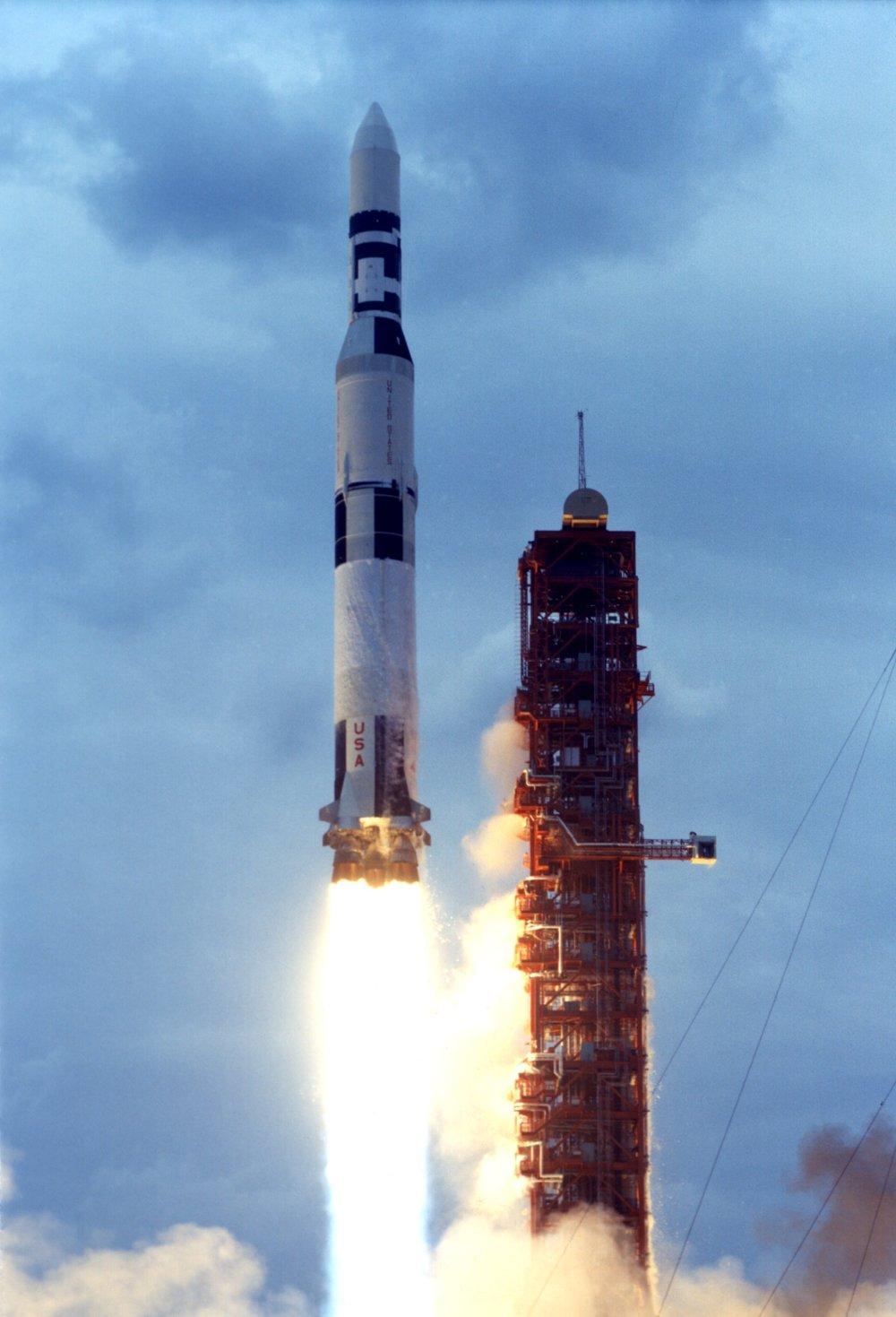 Skylab-73-HC-440HR.jpg