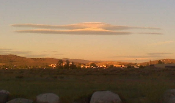 Lenticular cloud above Reno, Nevada