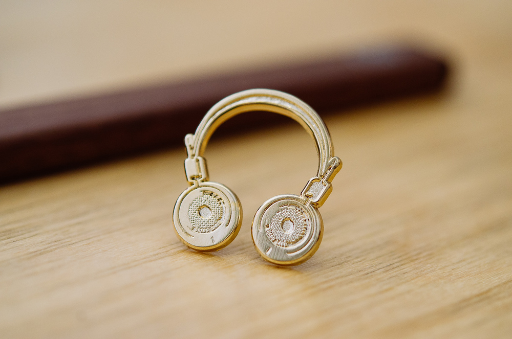 Grado Headphones Pin 4