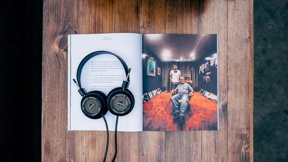 John and Jonathan Grado Provencial Magazine SR225e