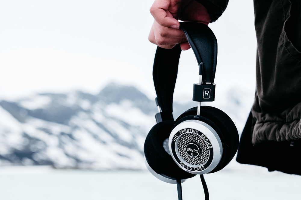 Grado Labs SR325e Headphones in Iceland
