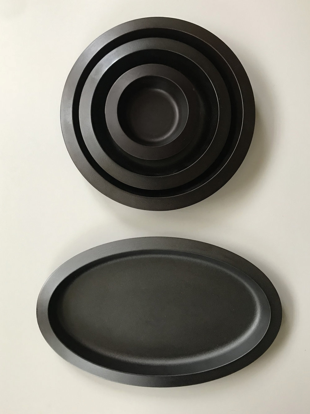 Bakeware stacked + oval_Web.jpg