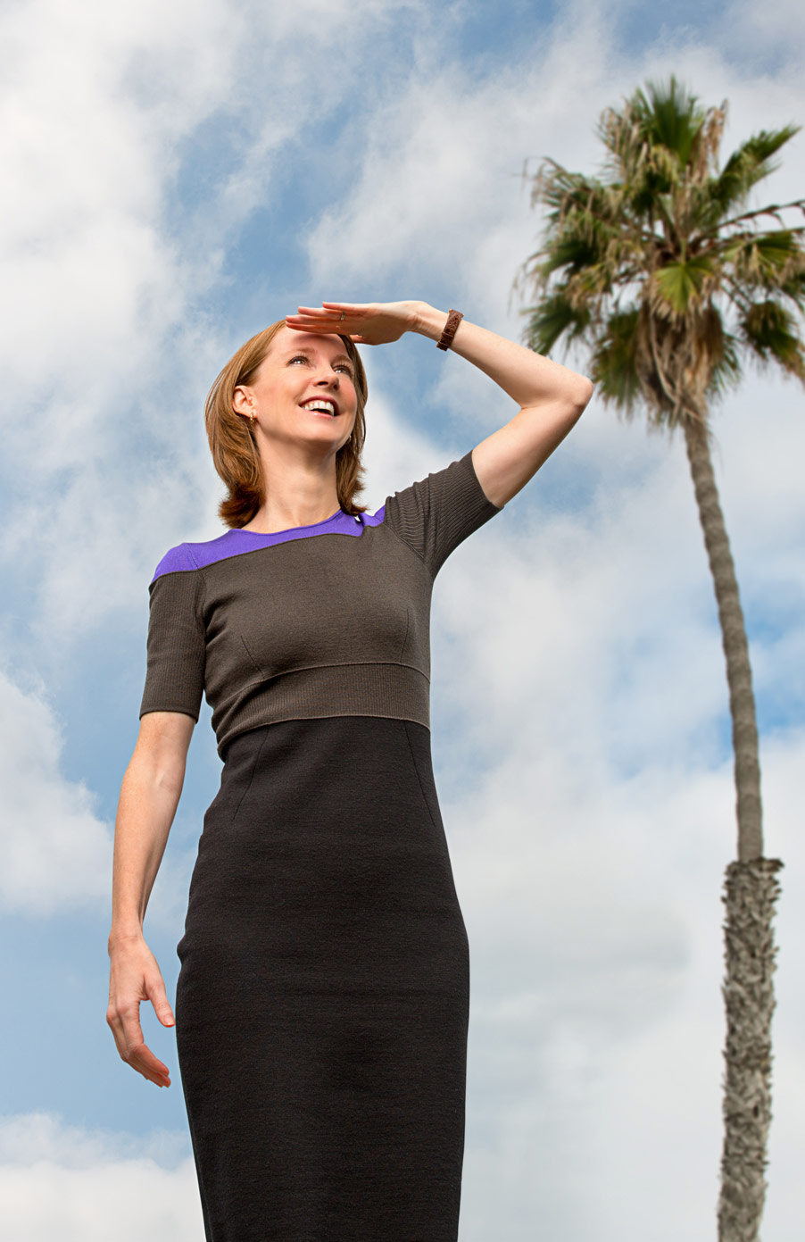 ​American author Gretchen Rubin photographed for the cover of UCSD Extension magazine