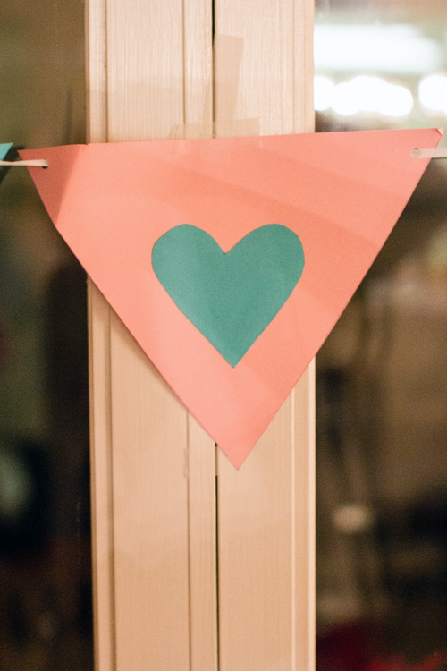 DIY-bridal-banner
