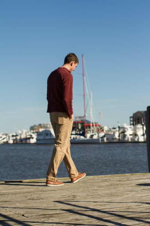 Walking-on-the-pier